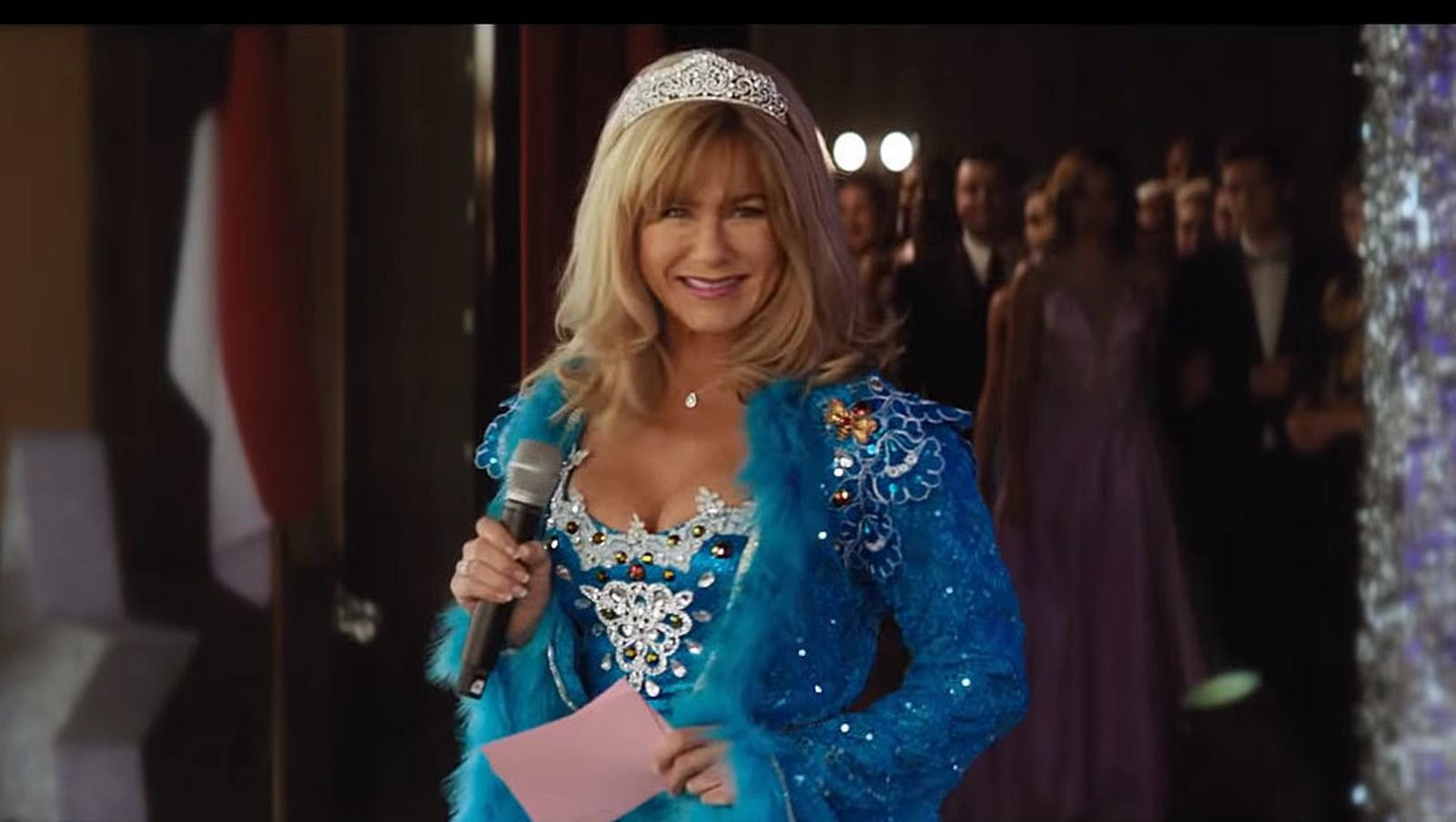 Jennifer Aniston plays Texan pageant queen in Netflix film Dumplin'