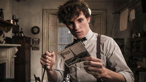 Eddie Redmayne is back as Newt Scamander