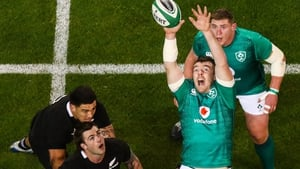 Peter O'Mahony claims a lineout