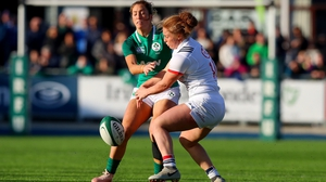 Ireland winger Eimear Considine up against Jennine Duncan