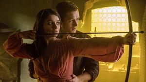 Taron Egerton and Eve Hewson in Robin Hood