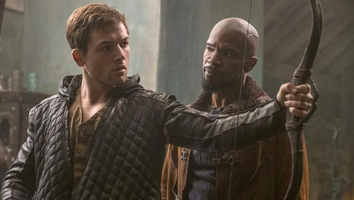 Missing the target - Taron Egerton and Jamie Foxx in Robin Hood