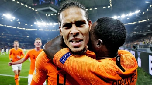 Virgil van Dijk consoles grieving referee after heroic late Holland goal