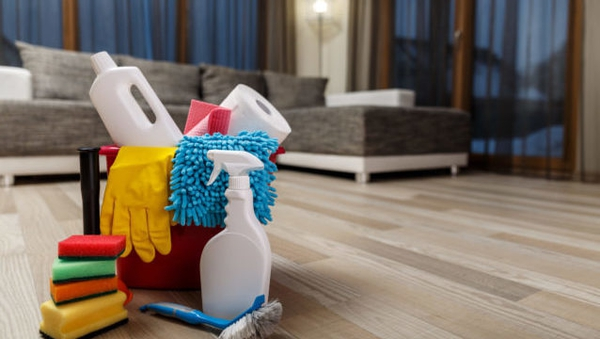 The best cleaning hacks are always on Facebook.