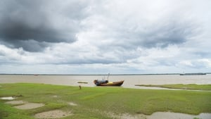 Ghoramara island in the Bay of Bengal has lost 50% of its land mass to the rising seas as a result of climate change, causing two thirds of its population to move elsewhere. Photo: Tanmoy Bhaduri/NurPhoto via Getty Images