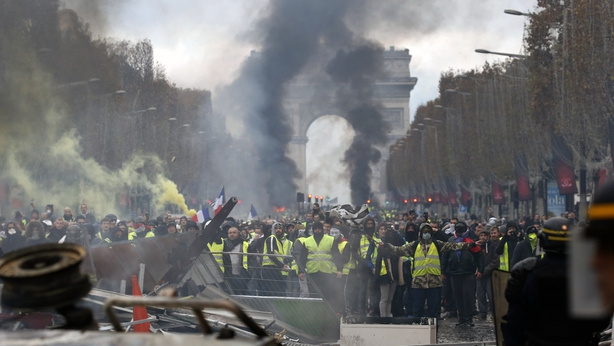 French police struggle to quell riot in Paris