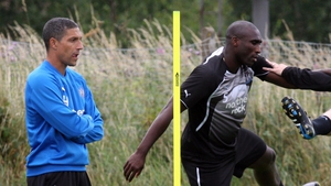 Hughton watches Campbell at Newcastle training