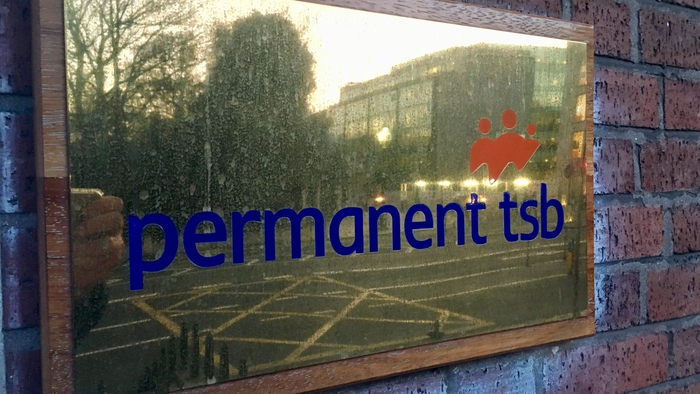 rte.ie - RTÉ News - Permanent TSB in potential deal for Ulster Bank loans