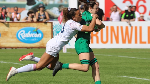 Dubai Rugby Sevens: England third as New Zealand claim title