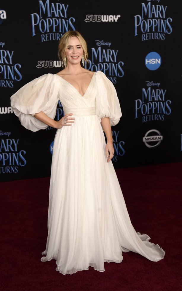 Emily Blunt in white at the Mary Poppins Returns premiere (Chris PizzelloAP)