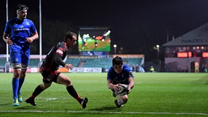 Jimmy O'Brien runs in Leinster's final try in their 59-10 hammering of Dragons on Saturday