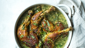 Slow-cooked white wine chicken with garlic and tarragon