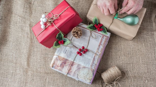 newspaper gift wrapping