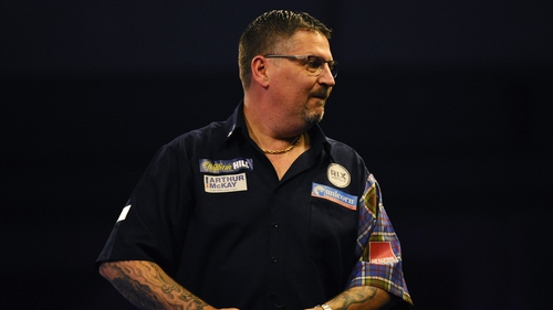 Anderson beat Mike De Decker 6-5 and Dave Chisnall 6-3 as he and Jelle Klaasen both progressed from the first semi-final group with a game to spare