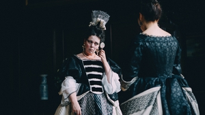 Olivia Colman rules as Queen Anne