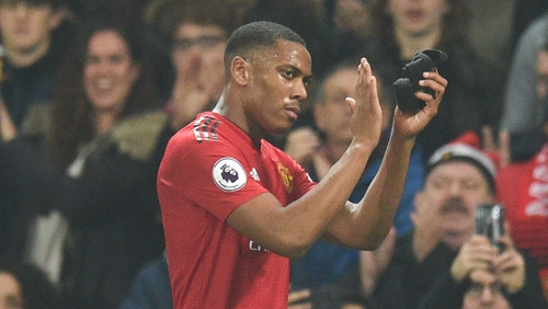 Manchester United extend Anthony Martial's contract