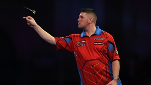 Daryl Gurney had early double trouble but regrouped