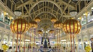 Here's where to refuel when Christmas shopping in Dublin. Photo: Artur Widak/NurPhoto via Getty Images)