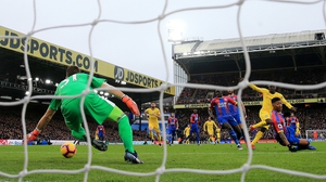N'golo Kante scores Chelsea's winning goal against Crystal Palace