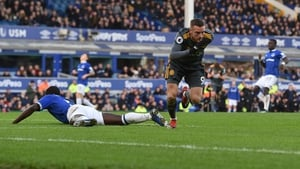 Jamie Vardy struck Leicester City's winning goal in the 58th as the Foxes punished a mistake by Everton defender Michael Keane