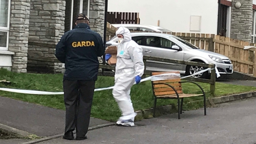 Man arrested after Gardaí find body in Co Donegal