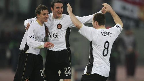Ole Gunnar Solskjaer, John O'Shea and Wayne Rooney celebrate a Manchester United goal in 2007