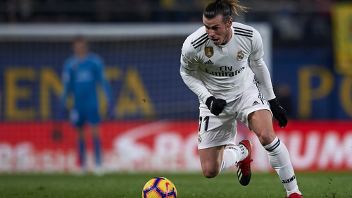 Gareth Bale limped out of Thursday's 2-2 draw with Villarreal at half-time with a calf problem