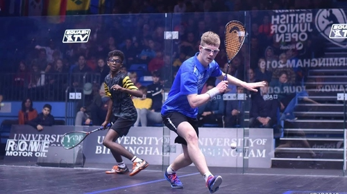 Denis Gilevskiy (r) in action against Ameeshenraj Chandaran