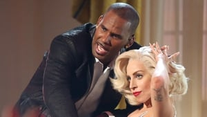 R Kelly and Lady Gaga performing at the 2013 American Music Awards