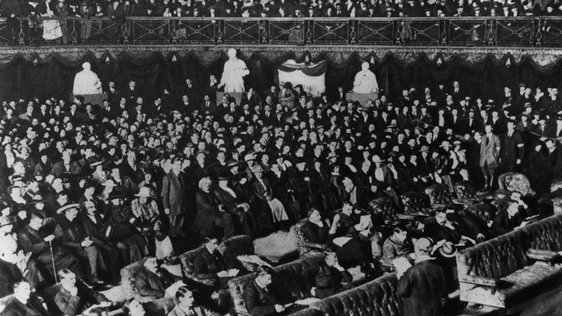 First Dáil at the Mansion House on 21 January 1919 (Getty images)