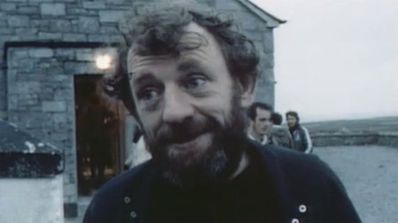 Mick Lally on Inis Meáin with Druid to perform in The Playboy of the Western World (1984)