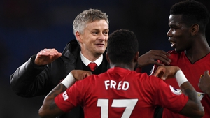 Solskjaer is having to plan without Pogba (r)