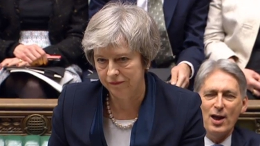 Theresa May i bparlaimint Westminster tráthnóna