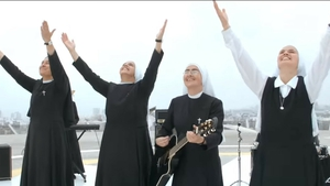 The Peru-based nuns rocking out in their music video for Confía en Dios
