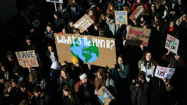 Students protest against climate change in Switzerland. Photo: Fabrice Coffrini/AFP Photo/Getty Images