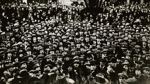 The crowd outside the Mansion House during the first meeting of Dáil Eireann. Photo: George Rinhart/Corbis via Getty Images