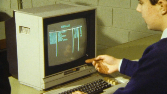 Computers for Parents  -  Paul Holland demonstrates his programme at King's Hospital School (1984)