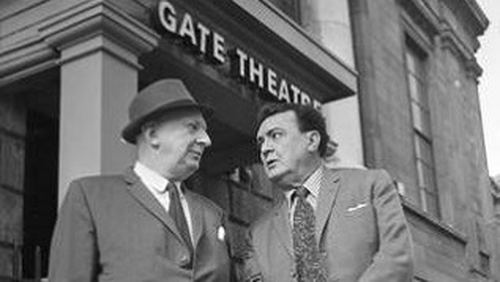 Edwards and MacLiammóir outside The Gate Theatre in Dublin, Ireland