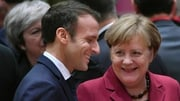 France's President Emmanuel Macron (L) and Germany's Chancellor Angela Merkel want to strengthen ties
