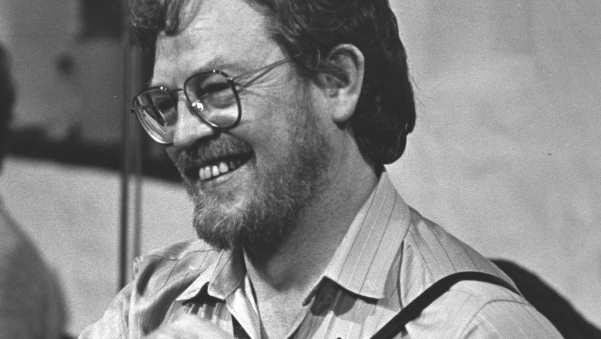 Peadar Ó Riada; ómós do Tony McMahon.