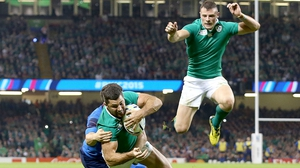 Robbie Henshaw may have got the jump on Rob Kearney for a starting jersey
