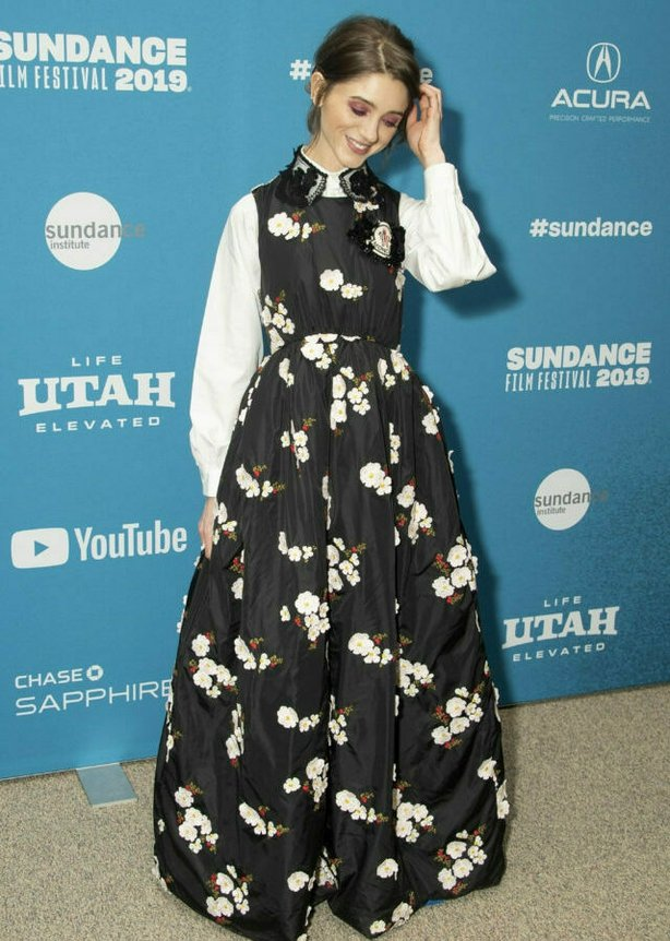 """Actress Natalia Dyer poses at the premiere of """"Velvet Buzzsaw"""" during the 2019 Sundance Film Festival, Sunday, Jan. 27, 2019, in Park City, Utah. (Photo by Arthur Mola/Invision/AP)"""