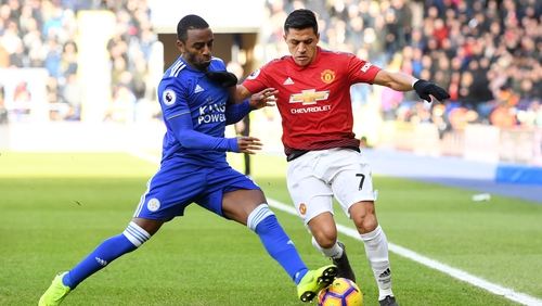 Alexis Sanchez continues to struggle at Old Trafford