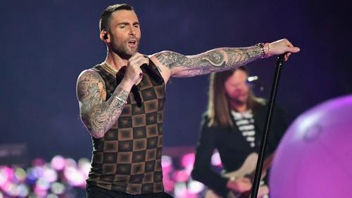 Maroon 5 singer Adam Levine's tank top steals show, becomes meme