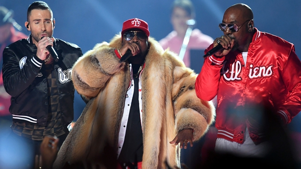 Big Boi joins Maroon 5 on stage at Superbowl halftime show