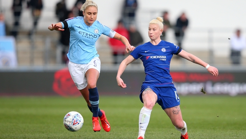 Steph Houghton of Manchester City hounds Bethany England