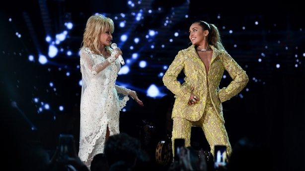 Katy Perry And Miley Cyrus Lead Dolly Parton Tribute