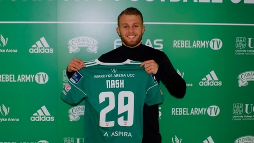 Liam Nash poses with  Cork City shirt. Photo: Cork City FC