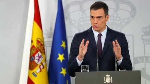 Spain: Sanchez wins parliamentary vote to govern