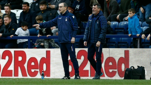 Martin O'Neill (L) and his assistant manager Roy Keane on the touchline